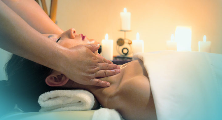 Ayurvedic massage, abhyanga, www.theayurvedacentre.com