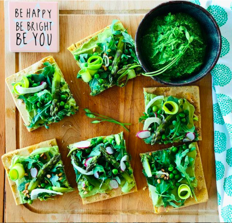HEALTHY GREEN PIZZA